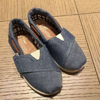 TOMS 童鞋