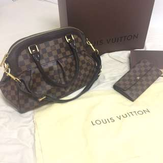 Authentic Louis Vuitton Trevi PM  - Excellent Condition - Damier Ebene