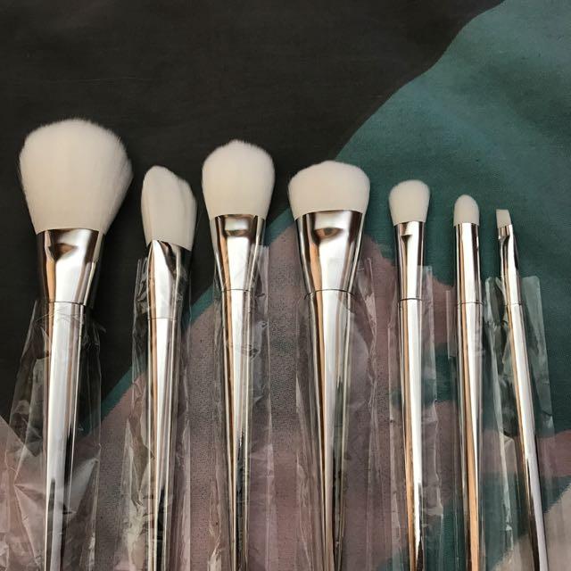 7 Piece Brush Set