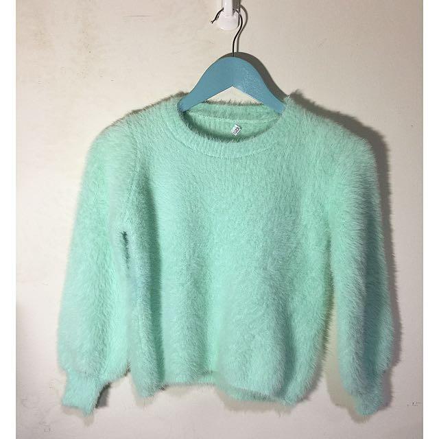 蘋果綠毛毛短版針織毛衣