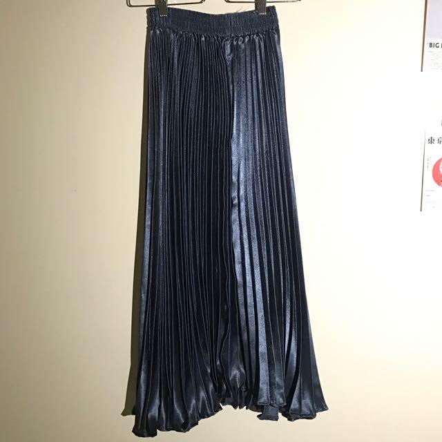 亮亮藍色百褶裙