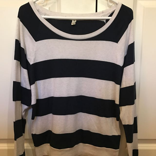 Aritzia TNA Raglan Sweater Pullover