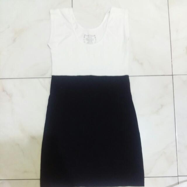 authentic daniel dress extra small