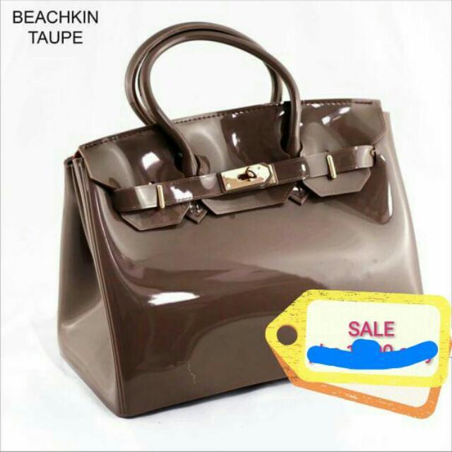 Beachkin Taupe Bag