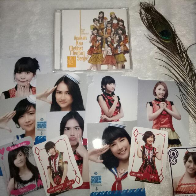 CD JKT48 Yuuhi Wo Miteiruka Ori
