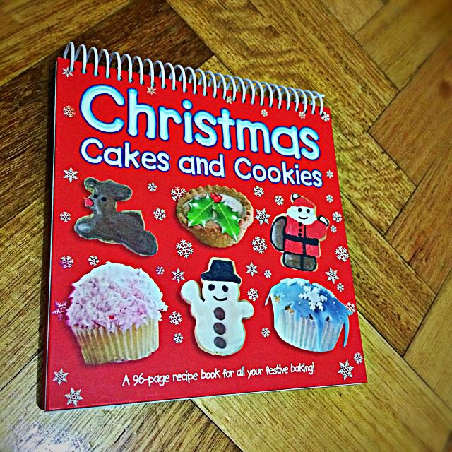 Christmas Cakes And Cookies Recipe Book