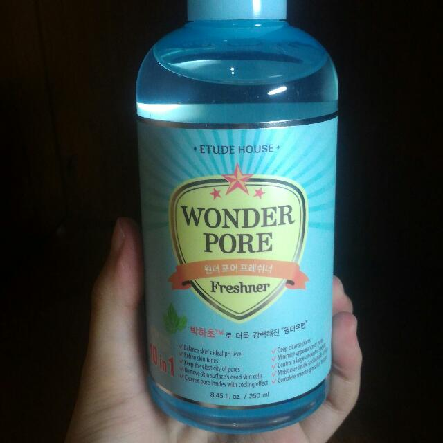 [FREE SAMPLE] Etude House Wonder Pore Freshner 250 ml