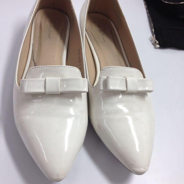 Flat shoes something borrowed