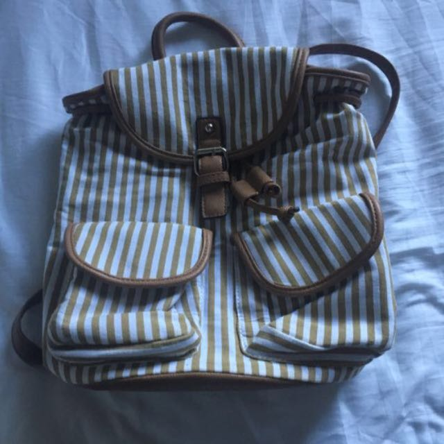 Free Post ! Kate Hill Rucksack