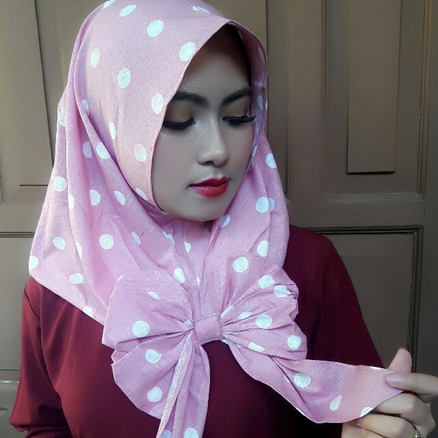 """Hijab Instan Segitiga """"MARSHA"""""""