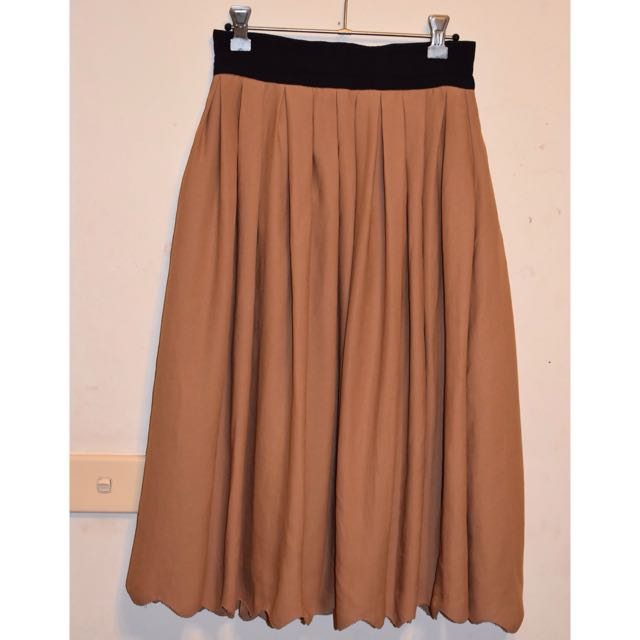 H&M Knee Length Brown Skirt