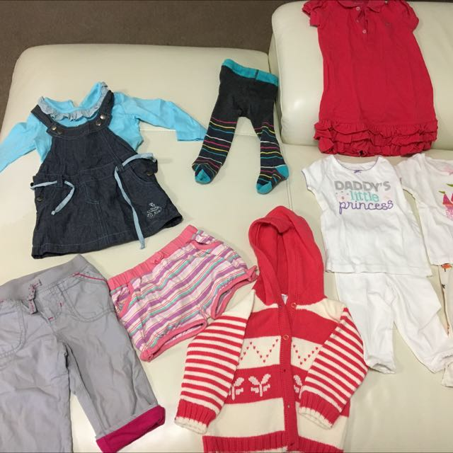 Pre-loved Carters baby girls clothes - Size 12 months