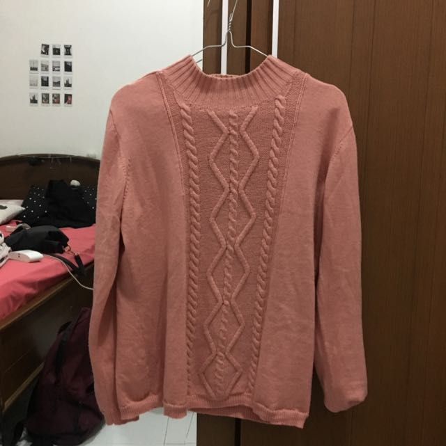 Salmon Pink Knit Sweater Rajut