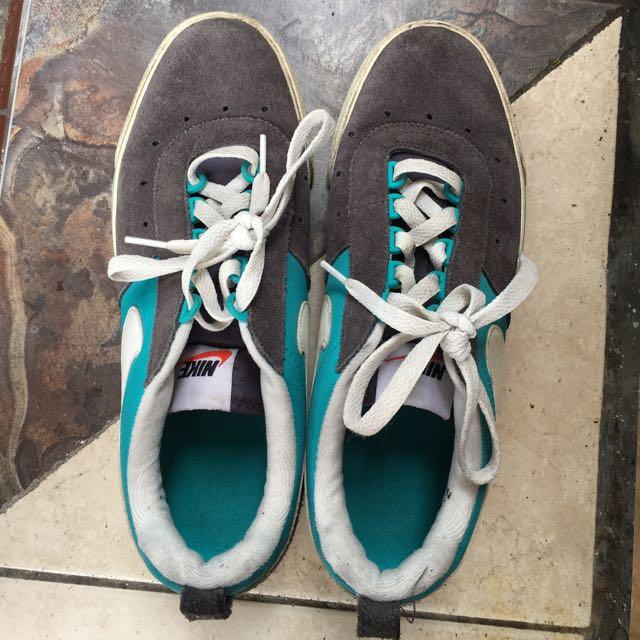Sepatu Nike Sz 41 EUR Original