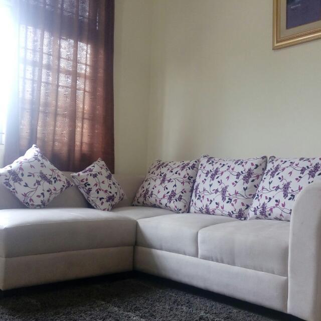 Sofa type L Broken white Like New Murahhh