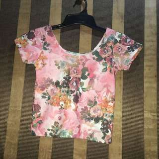 Fitted Floral Crop Top