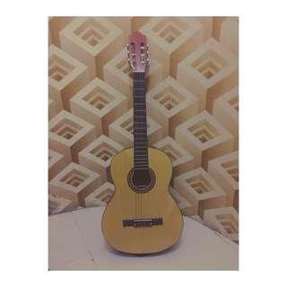 Gitar Akustik Klasik