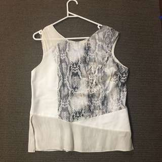 Veronica Maine Top Size 12
