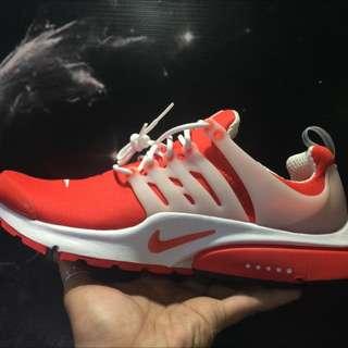 "Nike Presto ""Comet Red"""