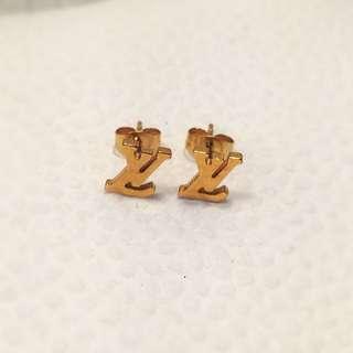 10k Gold LV Designed Studded Earring