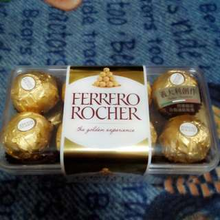 金莎巧克力16粒裝 (可用80張發票兌換)