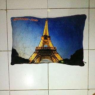 Bantal Eiffel Tower