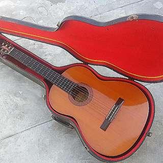 Yamaha CG-40A Classic Guitar With Hardcase