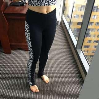 Leopard Print Sports Leggings Size 10
