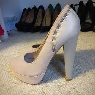 Novo Nude Heels