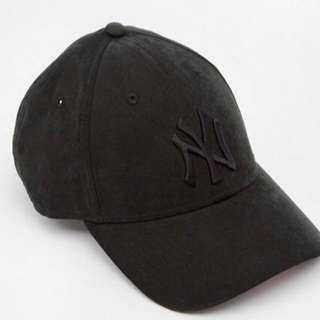 Women New Era 9Forty Faux Nubuck Suede NY Cap