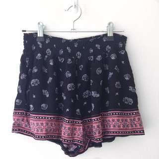 MISS SHOP - Elastic Tropical/Paisley Shorts