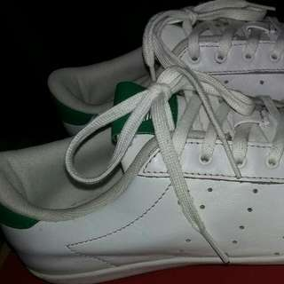 Adidas Authentic