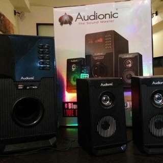 Speakers (bluetooth) with Woofer System