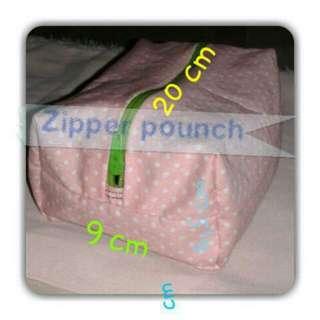 Zipper Makeup Pounch Polcadot