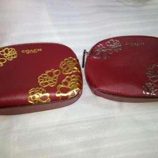 全新Coach 半园型紅色化粧袋(專柜贈品) VIP Gift only