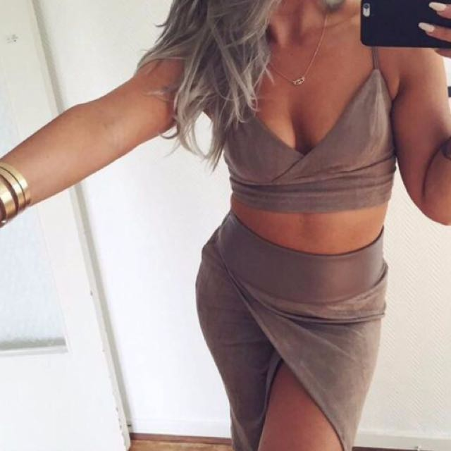 2 Piece Set - Brown