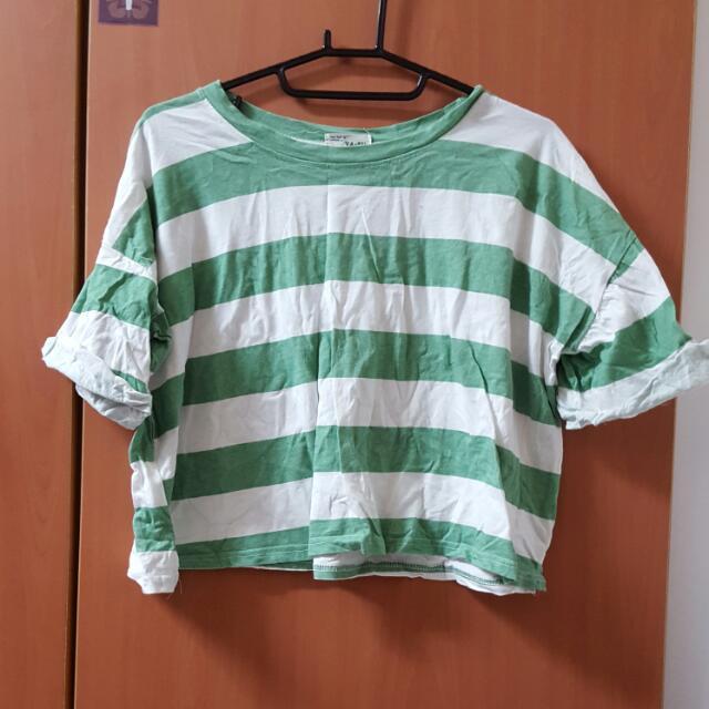 綠色粗條上衣