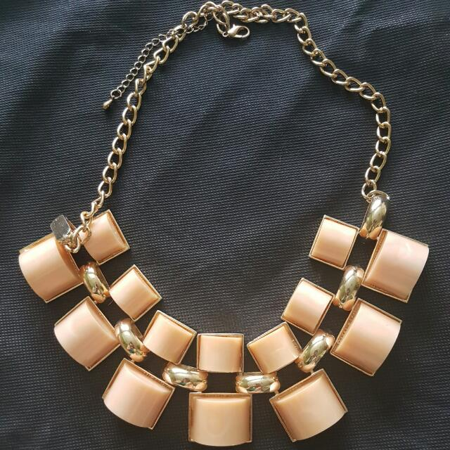 Accent Necklace (Free Shipping)
