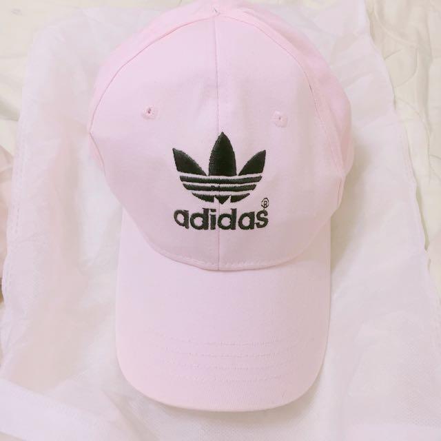 adidas粉紅老帽