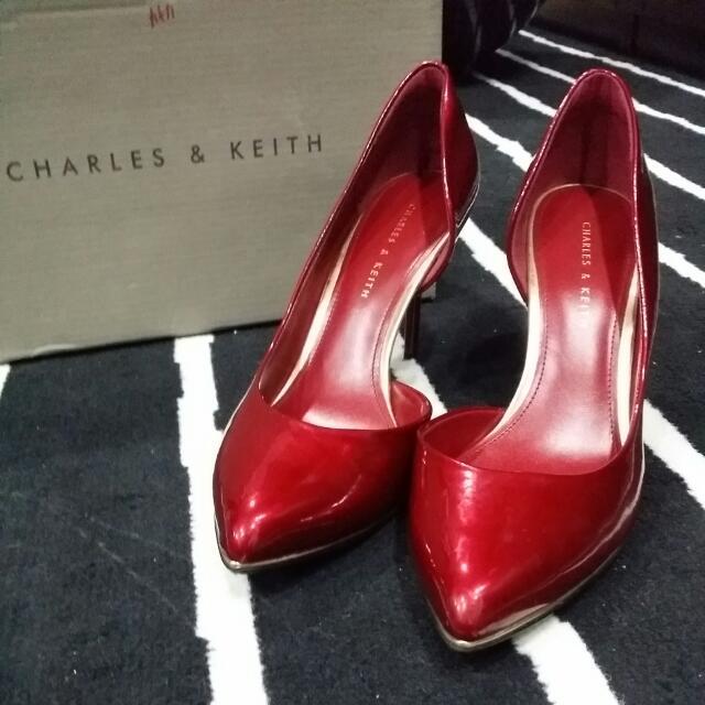 Mustard Pointed D'orsay Heels | CHARLES & KEITH OM