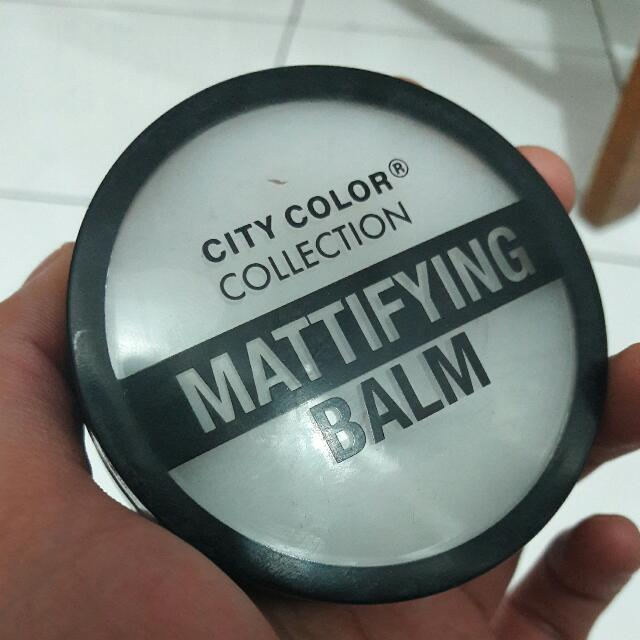 CITY COLOR COLLECTION MATTIFYING BALM / PRIMER