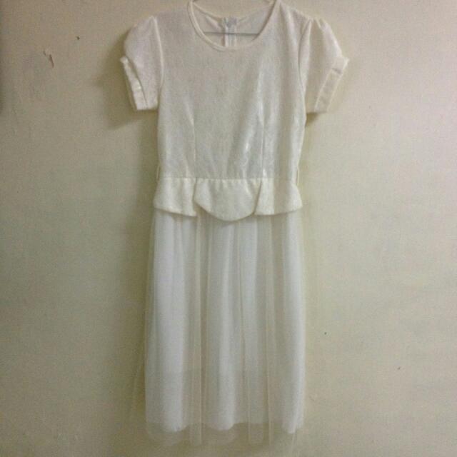 Dress White Chiffon