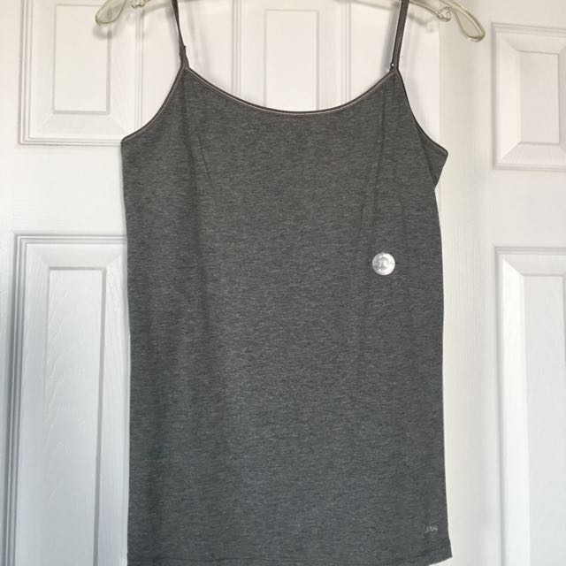 Gray Undershirt From Aéropostale - XL
