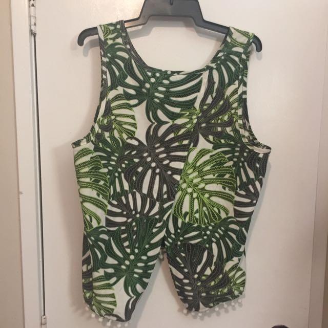 Green Back Split Crop Singlet