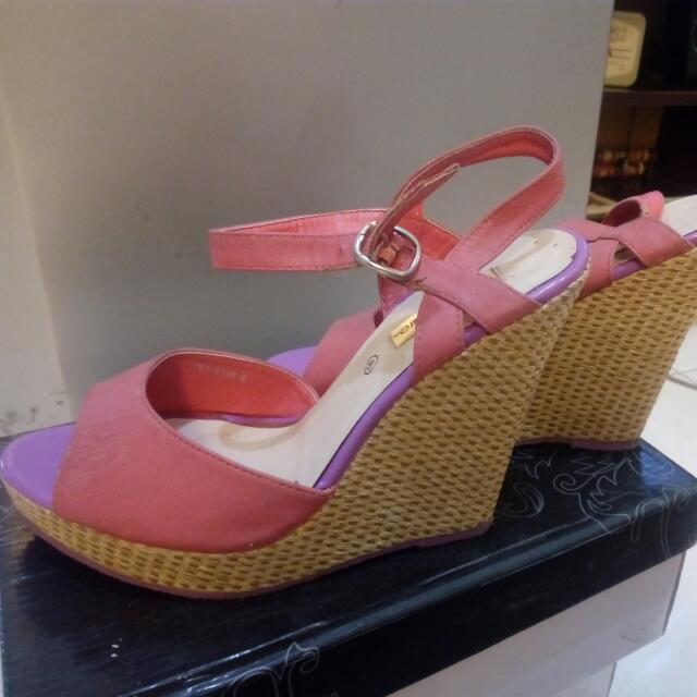 Marie Claire Wedges
