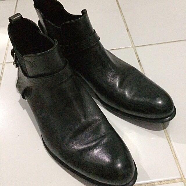Preloved Men Shoes Louis Vuitton Black