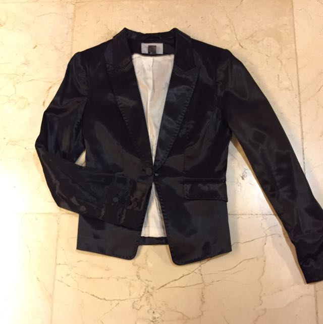 Preloved Shiny Black H&M Fitted Blazer EUR 36