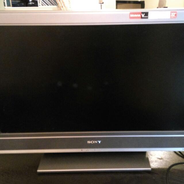 SONY LCD TV 32 Inch