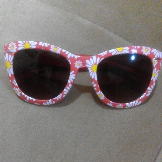 Sunglasses by Payless