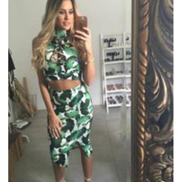 Two Piece Set Green Patter Tie Up Split Skirt Dress 6-8